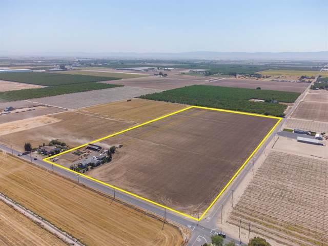 2213 N Tegner Road, Turlock, CA 95380 (MLS #221042582) :: The MacDonald Group at PMZ Real Estate