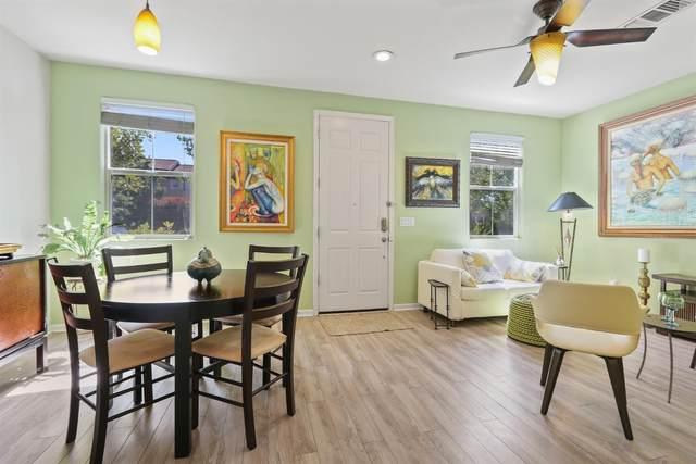 2852 Crested Street, West Sacramento, CA 95691 (MLS #221045406) :: Keller Williams - The Rachel Adams Lee Group