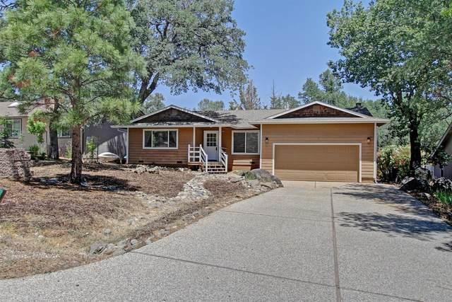 18032 Hummingbird Drive, Penn Valley, CA 95946 (MLS #221059886) :: Keller Williams - The Rachel Adams Lee Group