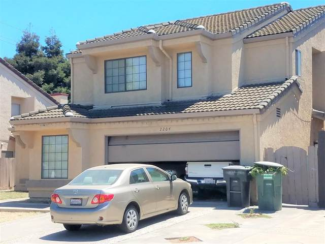 2204 Lodgepole Circle, Modesto, CA 95358 (#221072522) :: Rapisarda Real Estate
