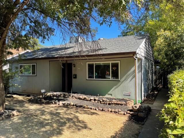 1731 Salem Street, Chico, CA 95928 (MLS #221115922) :: Heather Barrios