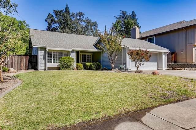 8125 Golden Crest Way, Orangevale, CA 95662 (MLS #221122016) :: Heather Barrios