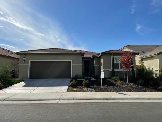 8413 Tapies Way, Elk Grove, CA 95624 (MLS #221131948) :: Keller Williams Realty
