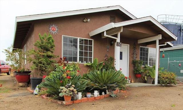 7725 Monterey Avenue, Ceres, CA 95307 (MLS #18068994) :: Heidi Phong Real Estate Team