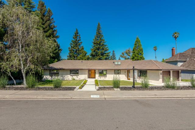 9609 La Posada, Oakdale, CA 95361 (MLS #19044221) :: The Del Real Group