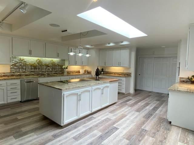6443 Lago Circle, Rancho Murieta, CA 95683 (MLS #221035030) :: Deb Brittan Team