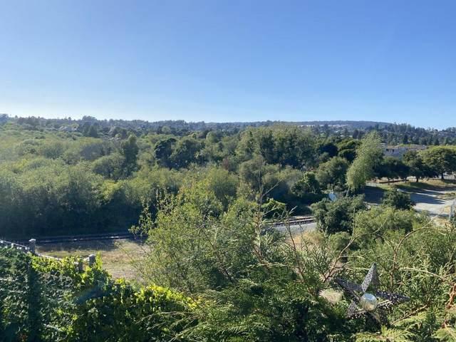 170 W Cliff Drive #63, Santa Cruz, CA 95060 (#221046450) :: Rapisarda Real Estate