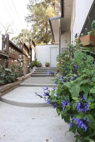 754 Pordon Lane, Healdsburg, CA 95448 (MLS #321095400) :: The Merlino Home Team