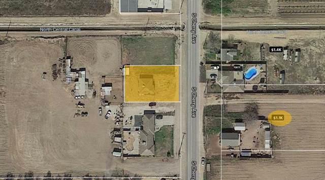 3319 E S Cherry Ave, Fresno, CA 93706 (MLS #19053450) :: The MacDonald Group at PMZ Real Estate