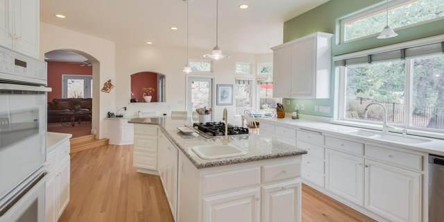 6725 Estates Court, Auburn, CA 95602 (MLS #221111026) :: DC & Associates
