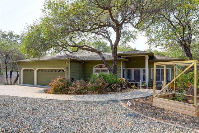 20128 Chaparral Circle, Penn Valley, CA 95946 (MLS #20051213) :: eXp Realty of California Inc