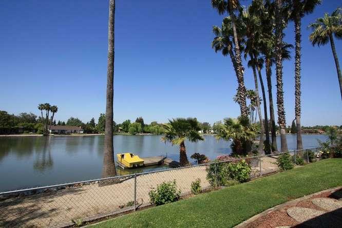 28 Keel Court, Sacramento, CA 95831 (MLS #12059974) :: Keller Williams Realty - The Cowan Team
