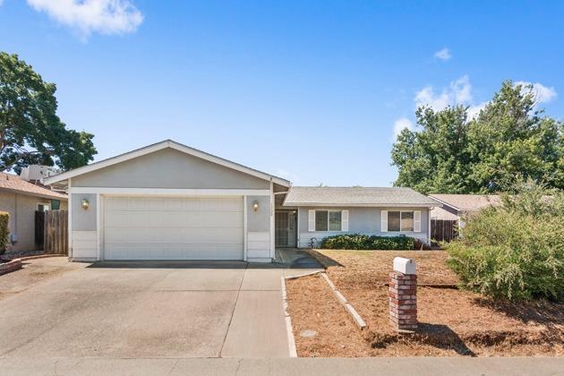 1309 Hickory Street, Roseville, CA 95678 (MLS #17040262) :: Keller Williams Realty