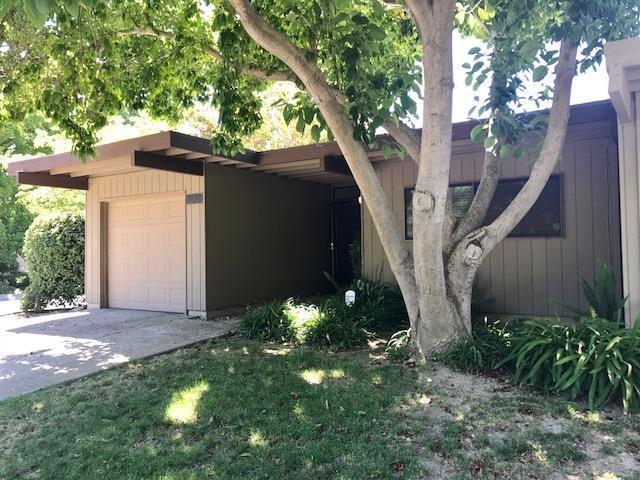 1 Bobber Court, Sacramento, CA 95833 (MLS #17040335) :: Keller Williams Realty