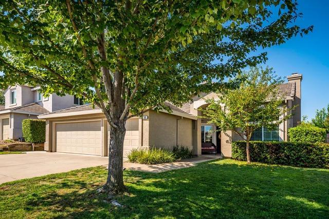 568 Fisher Circle, Folsom, CA 95630 (MLS #17053029) :: Peek Real Estate Group - Keller Williams Realty