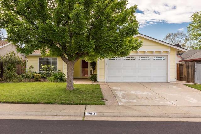 582 Oakborough Avenue, Roseville, CA 95747 (MLS #17053781) :: Peek Real Estate Group - Keller Williams Realty