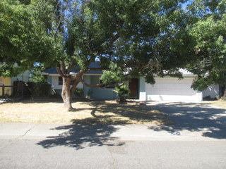 2532 Clearlake Way, Sacramento, CA 95826 (MLS #17064780) :: REMAX Executive