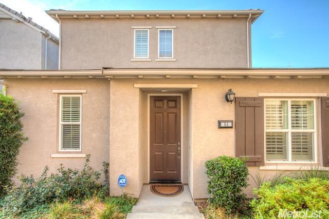 51 Villa Gardens Court, Roseville, CA 95678 (MLS #17072367) :: Keller Williams - Rachel Adams Group