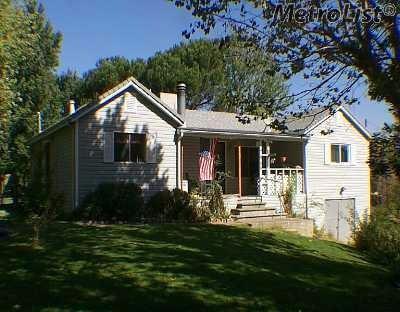 7889 Twin Oaks Avenue, Citrus Heights, CA 95610 (MLS #17073597) :: Keller Williams - Rachel Adams Group