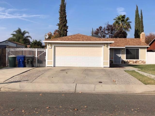 635 Rosemary Drive, Patterson, CA 95363 (MLS #17073772) :: The Del Real Group