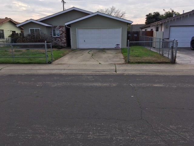 1003 Taber Street, West Sacramento, CA 95605 (MLS #18002145) :: Keller Williams - Rachel Adams Group