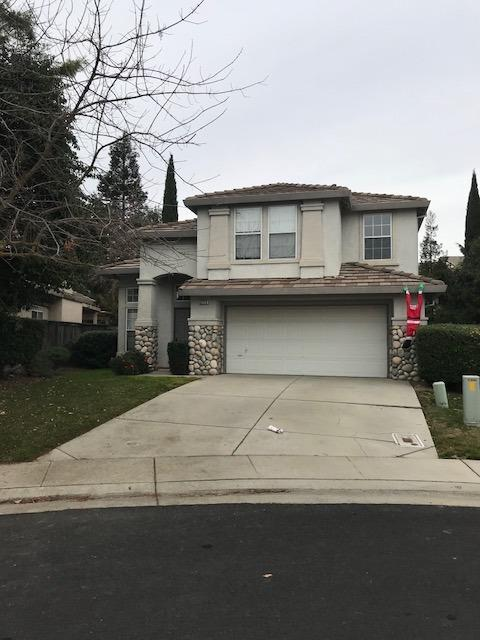 3233 Turnbuckle Circle, Elk Grove, CA 95758 (MLS #18003596) :: Gabriel Witkin Real Estate Group