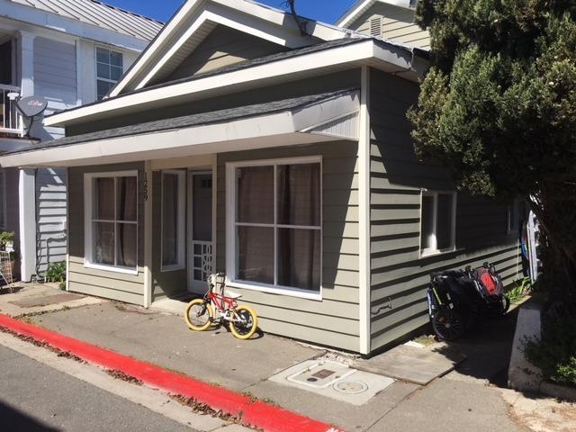 1259 A Street, Walnut Grove, CA 95690 (MLS #18016595) :: Keller Williams - Rachel Adams Group