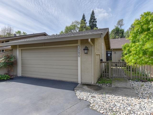 5080 Village Oaks Drive, Rocklin, CA 95677 (MLS #18021066) :: Keller Williams - Rachel Adams Group