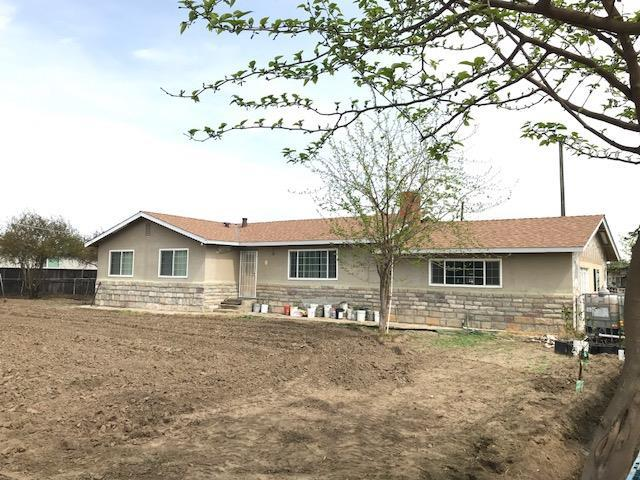 3436 Santa Fe Avenue, Hughson, CA 95326 (MLS #18021638) :: The Del Real Group