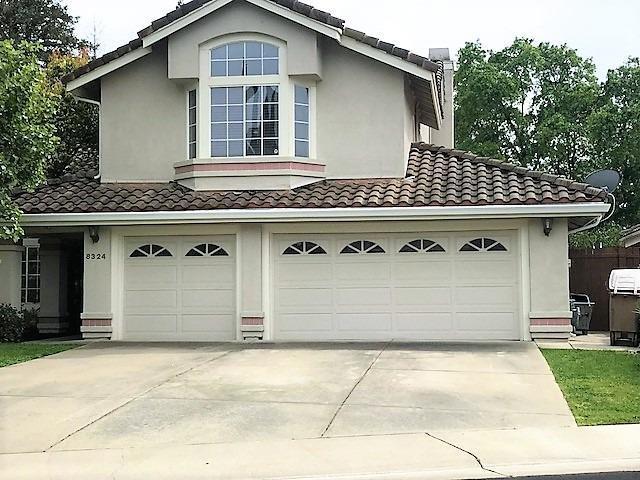 8324 Fox Hound Circle, Elk Grove, CA 95758 (MLS #18023776) :: Keller Williams Realty