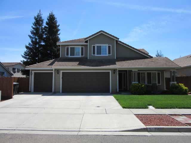 2562 Novi Drive, Riverbank, CA 95367 (MLS #18025483) :: The Del Real Group