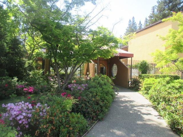 200 P Street A21, Sacramento, CA 95814 (MLS #18026041) :: Heidi Phong Real Estate Team