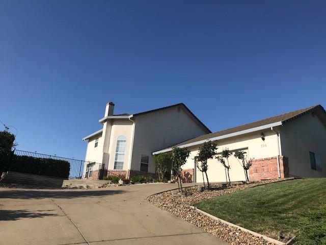 596 Saint Andrews Road, Valley Springs, CA 95252 (MLS #18026863) :: The Merlino Home Team