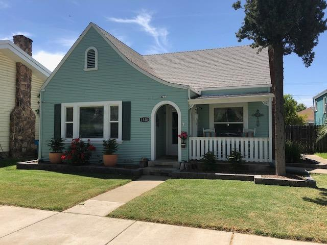 1320 H Street, Marysville, CA 95901 (MLS #18030521) :: Heidi Phong Real Estate Team