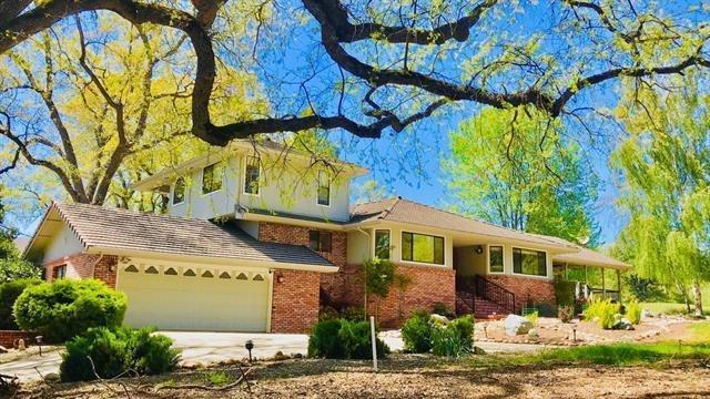 19260 Pleasant View Drive, Groveland, CA 95321 (MLS #18031436) :: Heidi Phong Real Estate Team