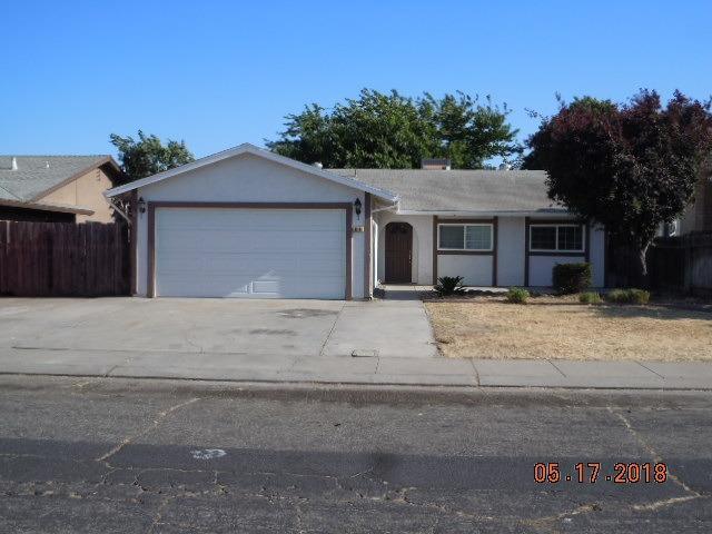 616 Santa Rosa Street, Manteca, CA 95336 (MLS #18032993) :: The Del Real Group