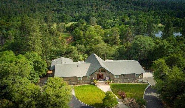 15559 Buena Vista Avenida, Sonora, CA 95370 (MLS #18036168) :: Team Ostrode Properties