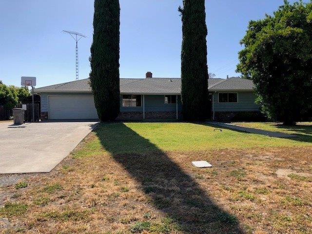 840 Walnut Lane, Winters, CA 95694 (MLS #18036214) :: Keller Williams - Rachel Adams Group
