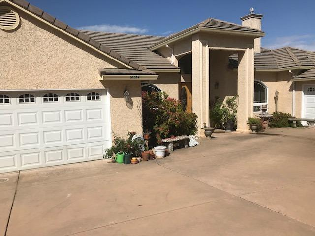 10549 Ridgecrest Drive, Jackson, CA 95642 (MLS #18037408) :: Team Ostrode Properties