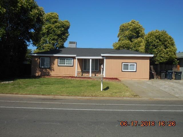 2715 Aramon Drive, Rancho Cordova, CA 95670 (MLS #18038228) :: Gabriel Witkin Real Estate Group