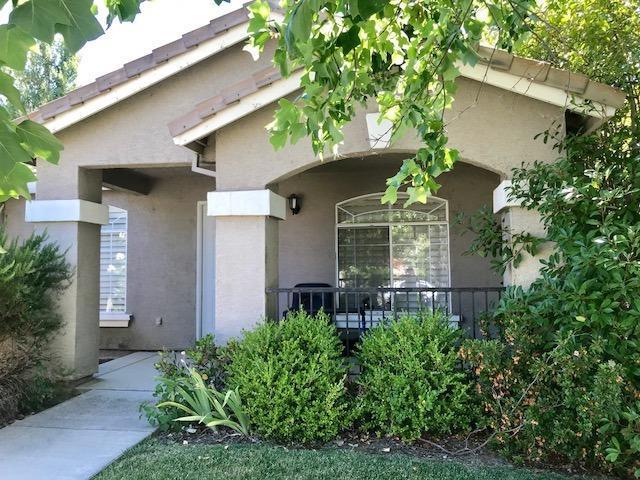 3235 Farallon Road, West Sacramento, CA 95691 (MLS #18040093) :: Keller Williams - Rachel Adams Group