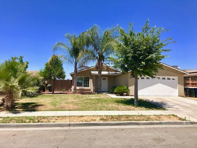 1363 Laguna Way, Madera, CA 93638 (MLS #18040330) :: Team Ostrode Properties