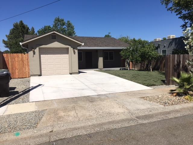 208 Fig Street, Roseville, CA 95678 (MLS #18041291) :: Team Ostrode Properties