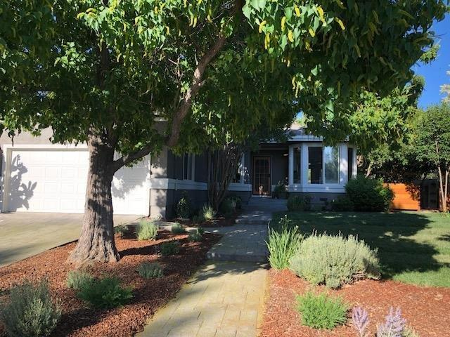 699 Valley Oak, Winters, CA 95694 (MLS #18041761) :: NewVision Realty Group