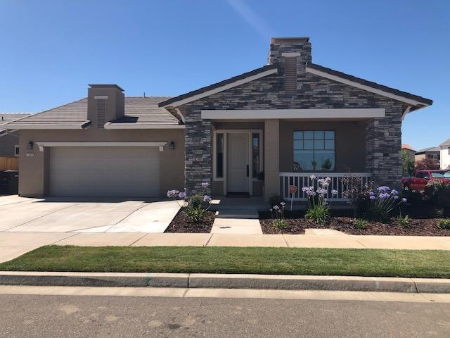 2320 Mustang Drive, Oakdale, CA 95361 (MLS #18042085) :: The Del Real Group