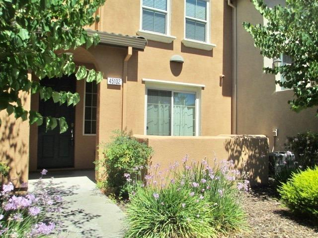 5301 E Commerce Way #45102, Sacramento, CA 95835 (MLS #18044568) :: NewVision Realty Group