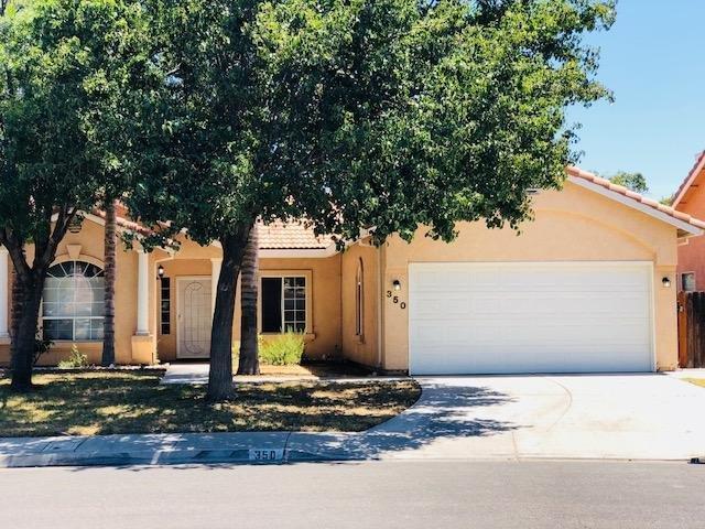350 N Santa Clara, Los Banos, CA 93635 (MLS #18048390) :: NewVision Realty Group
