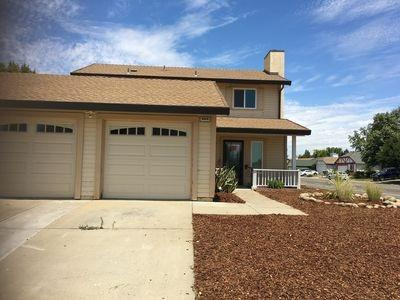 9449 Feickert Drive, Elk Grove, CA 95624 (MLS #18049000) :: NewVision Realty Group