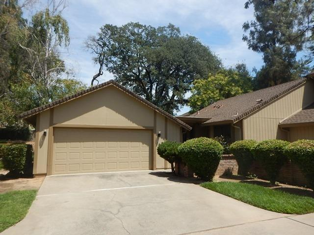 7058 Lompoc Court, Citrus Heights, CA 95621 (MLS #18050051) :: REMAX Executive