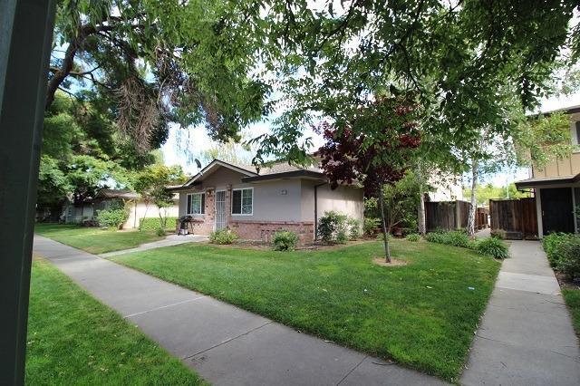 1372 Branham Lane #4, San Jose, CA 95118 (MLS #18052143) :: Dominic Brandon and Team